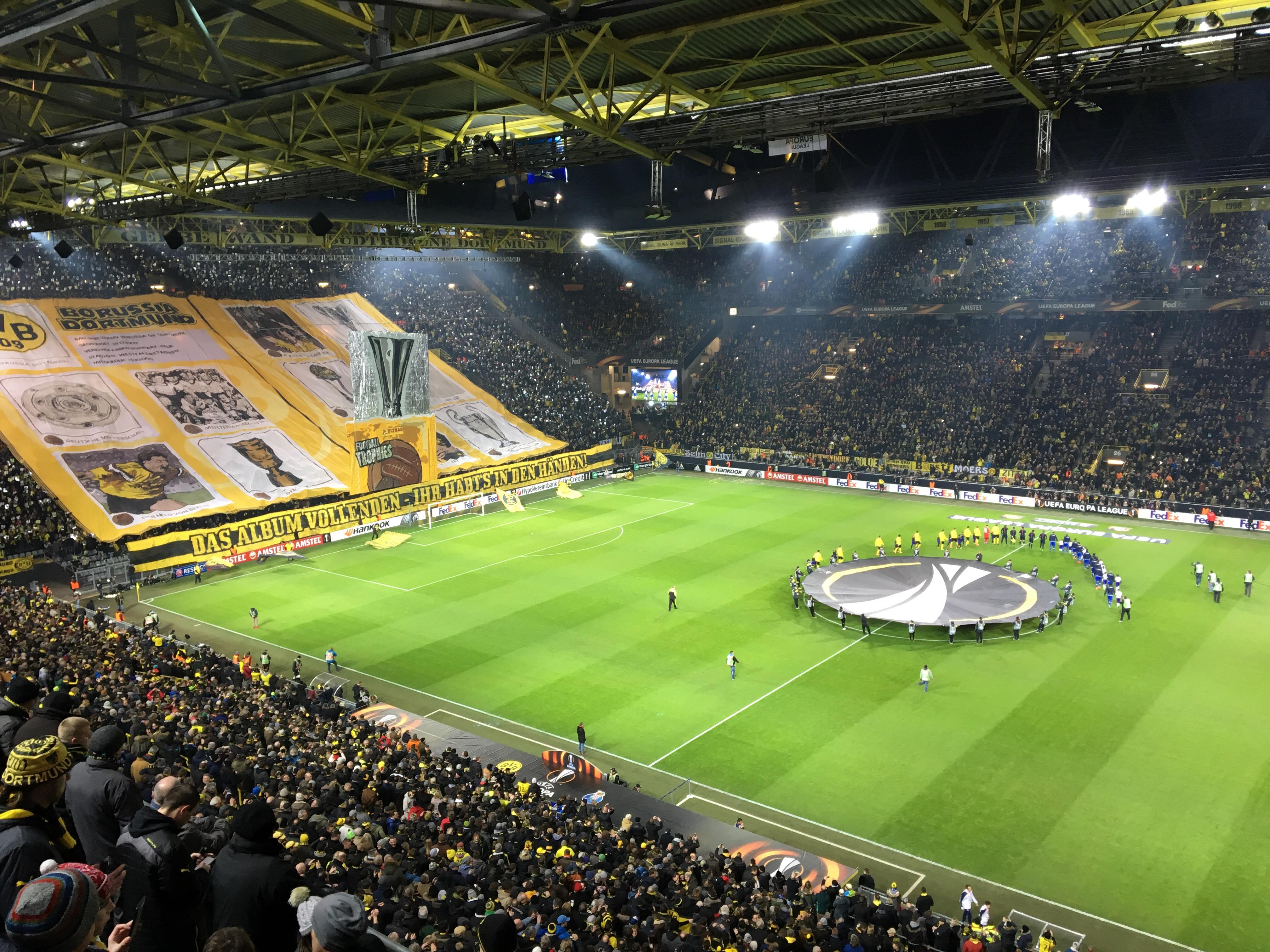 Borussia steht im EL-Achtelfinale